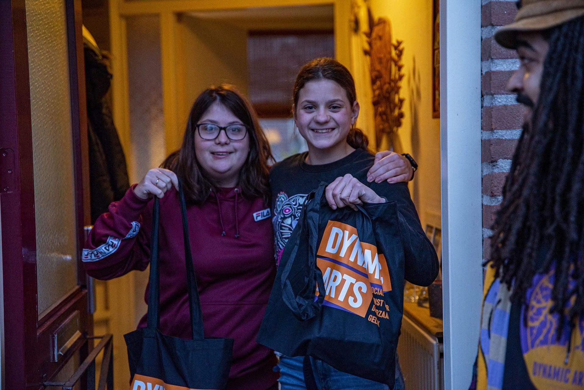 Yasmin en Kaylee uit Eemnes